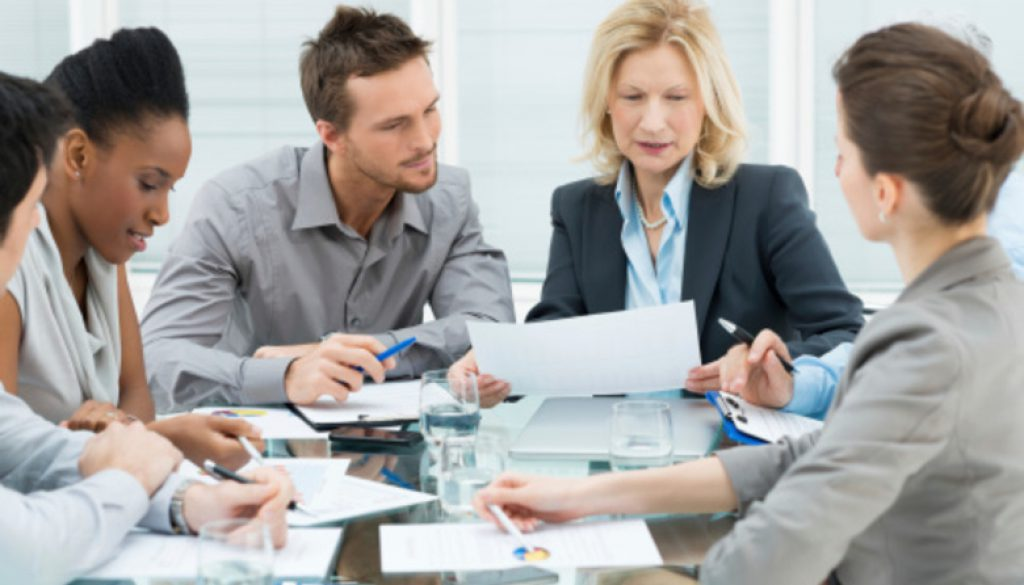 colleagues-in-meeting-thinkstockphotos1